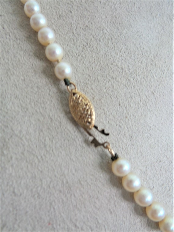 Vintage Faux Pearl Necklace - image 2