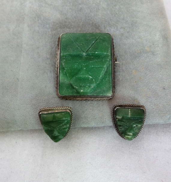 Brooch and Earrings Vintage Mexican Green Stone