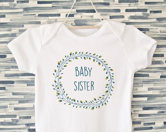 Baby Sister Onesie / Little Sister Bodysuit / New Baby Onesie / Baby Onesie / Sister Gift / Cute / Modern Baby Clothes / Floral Baby Outfit