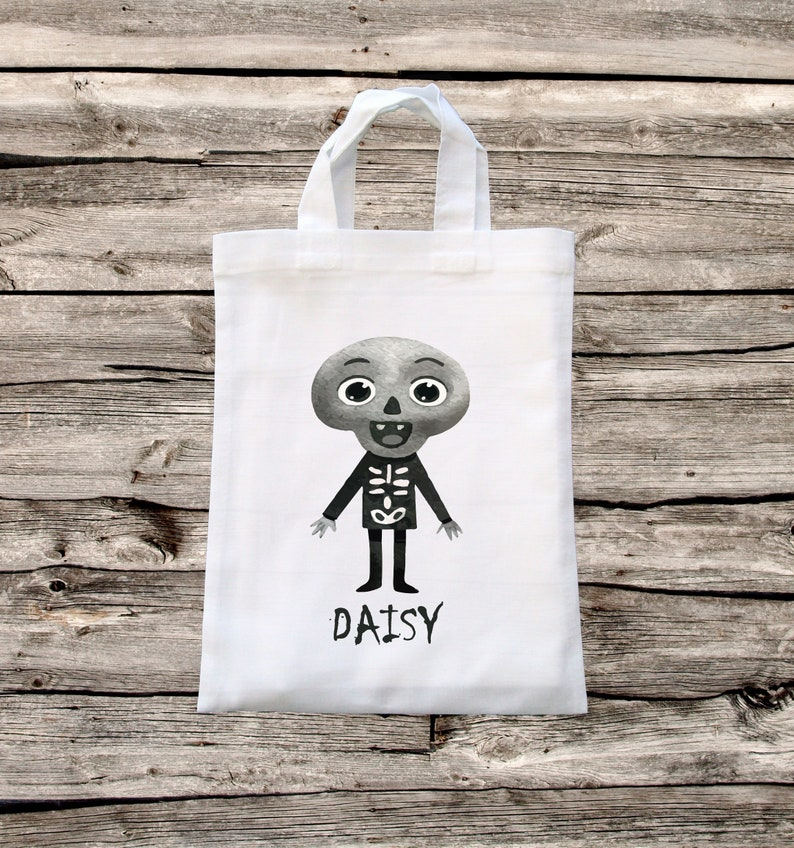 Personalized Kid's Cotton Halloween Trick or Treat Bag  image 0
