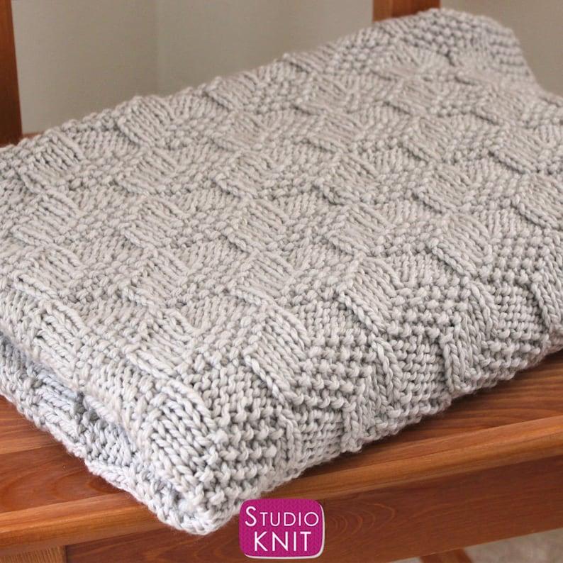 Easy Knitted Blanket in Tumbling Blocks Pattern Beginner ...