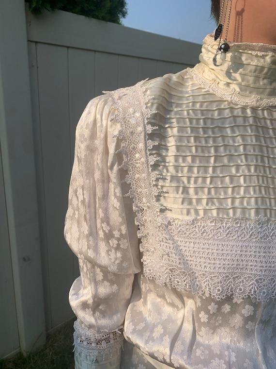 Vintage 1980s Gunne Sax wedding dress - image 2