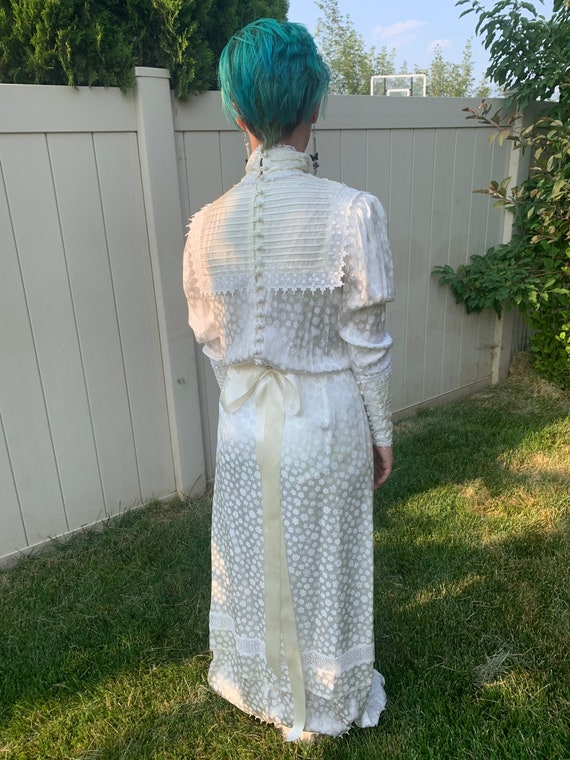 Vintage 1980s Gunne Sax wedding dress - image 4