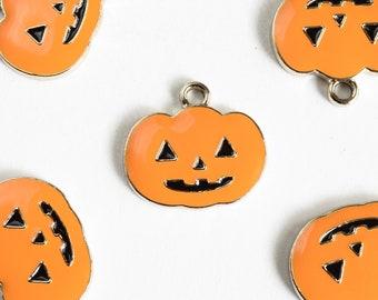 Pumpkin Charms, Enamel, Gold Tone, 16mm x 17mm - 4 pieces (884)