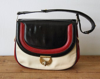 d774900e38dee Vintage handbags purses and other fashion by Fermichild on Etsy