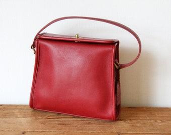 3e5e259c288 Vintage COACH Red Geometric Handbag 9043   Red Square Coach Purse   Classic  Coach Small Vintage Satchel 120218-32