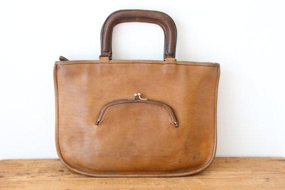 COACH Watermelon Saddle Handbag / Coach Kisslock S