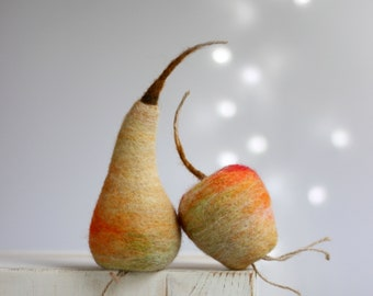 Needle Felted Apple and Pear - Artificial Fruits - Set Of Apple and Pear - Needle Felt Fruits - Summer Home Decor - Red - Wool - Handmade