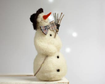 Needle Felted Snowman - Dreamy White Snowman - Christmas Home Decoration - Art Doll - Winter Decor - Home Decor - Needle Felting - Gift Idea