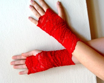 Red lace bridal gloves, Bride Wedding fingerless gloves, Red wedding gloves, long fingerles gloves, Lace red fingerless glove