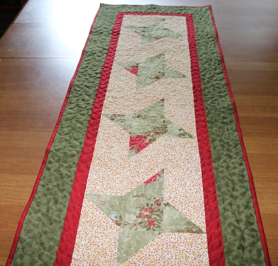 Christmas Table Runner Quilted.Christmas Quilted Table Runner Star Table Runner Quilt Handmade Table Runner Red Green Table Runner Patchwork Christmas Table Runner