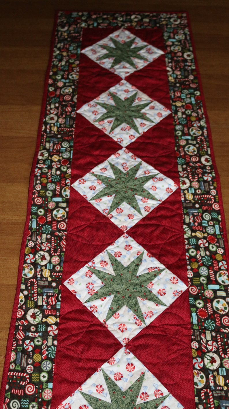 Christmas Table Runner.Christmas Quilted Table Runner Christmas Table Runner Quilt Christmas Star Table Runner Red Green Holiday Table Runner Christmas Decor