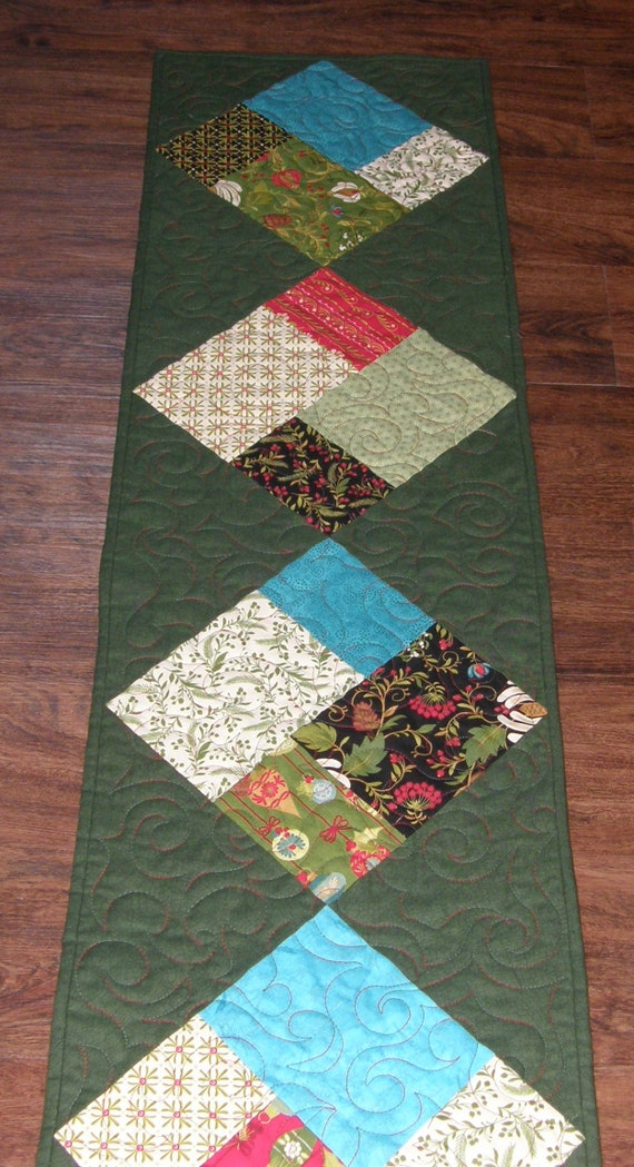 Christmas Table Runner Quilt.Christmas Quilted Table Runner Christmas Table Runner Quilt Contemporary Christmas Decor Green Red Teal Modern Christmas Table Runner