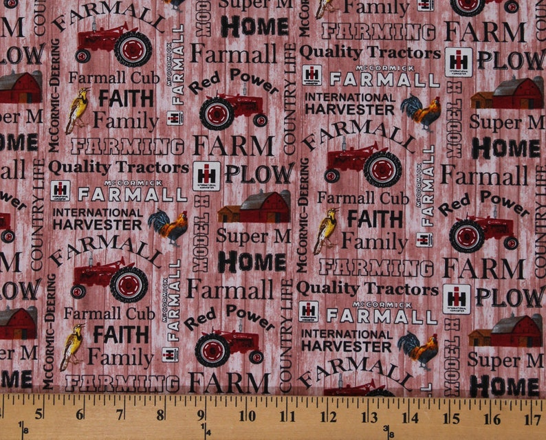 "International Harvester IH Tractor Farming 2012 44/"" Fabric Cotton By The Yard"