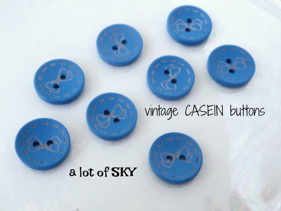 "1950/'s 12 Hunter Green Carved 2-hole 3//4/"" Casein Buttons Vintage Buttons"