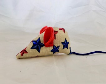 Americana cat toy, starts, red white and blue