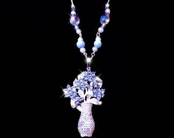 Tanzanite necklace, Violet necklace, flower necklace, purple necklace, gemstone necklace, crystal necklace, boho necklace, elegant necklace