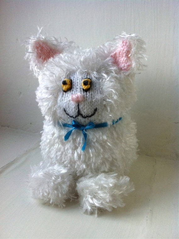 Shelf Cat Fluffy One, knitting pattern PDF