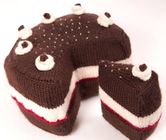 Cake with Slice Cut Out, and the Slice, Knitting Pattern