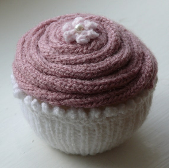 Jumbo Cupcake Knitting Pattern
