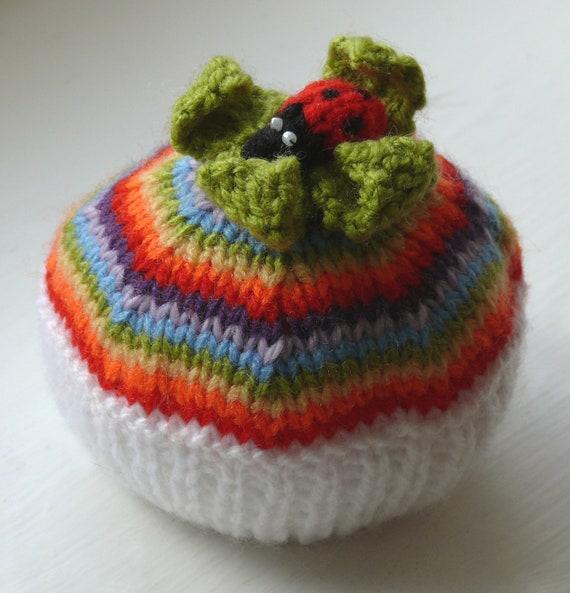 Rainbow Ladybird Cupcake Knitting Pattern