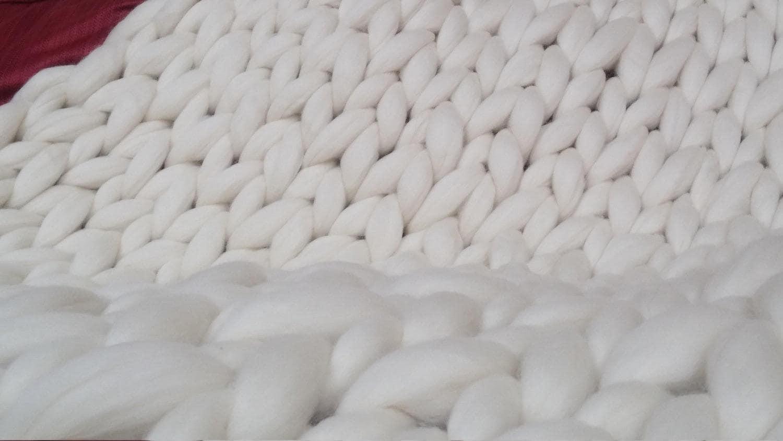 """Cadeau de la fête des mères! Chunky Knit Blanket, Chunky Knit Merino Wool Blanket Large 40"""" x 60"""" Throw Blanket, Giant Knit Blanket, Bulky Knit Blanket"""