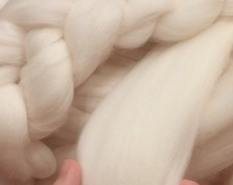 25% OFF SUPER SALE!  Merino 23 micron Super Soft Natural White Wool Top Roving Fiber, Chunky Knit Blanket throw, Spin, Felting Crafts