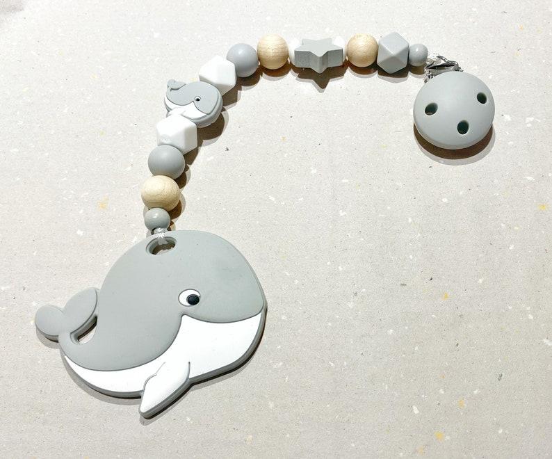 Bite chain whale image 0