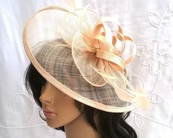 Stunning Fascinator ..Sinamay and Feather Teardrop style with swirls  36f9ccd91fb