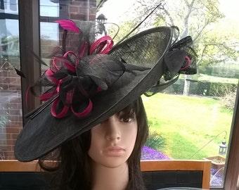Sophia ..Black & fuschia Hatinator..Stunning  Sinamay Fascinator Hat on a Headband..Hatinator