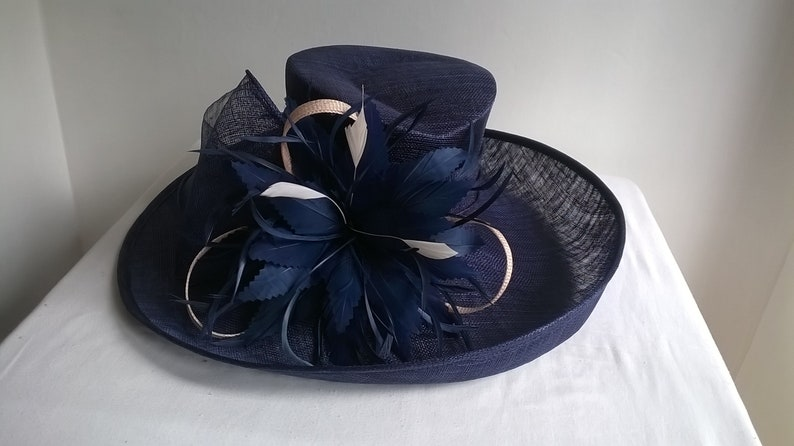 451553d08caf8 Gorgeous Statement Hat..Stunning Sinamay Hat ..with Bow