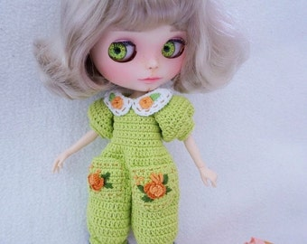 Pretty jumpsuit crochet for Blythe / crochet pattern  ( not include shoes , hat and mini cat )