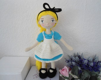 Pretty girl with outfit crochet pattern