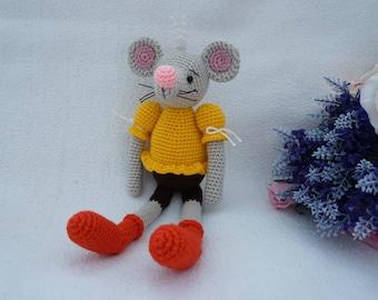 Mouse crochet pattern / sweet mouse crochet pattern