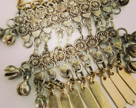 40% OFF!  Antique Fringed Necklace