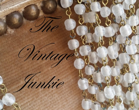 The Vintage Junkie...Vintage Milk Glass Beaded Necklaces