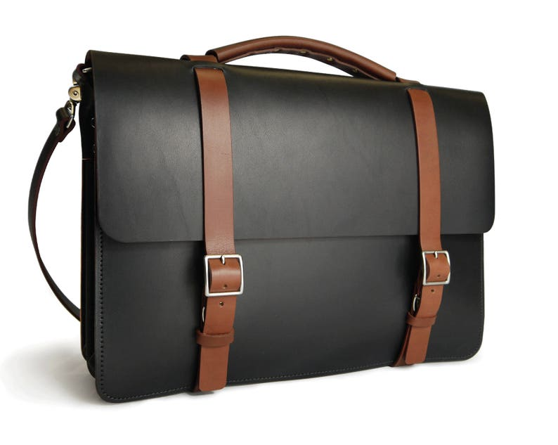 f9684e0ad08c Two Tone Classic Messenger Bag Two compartments