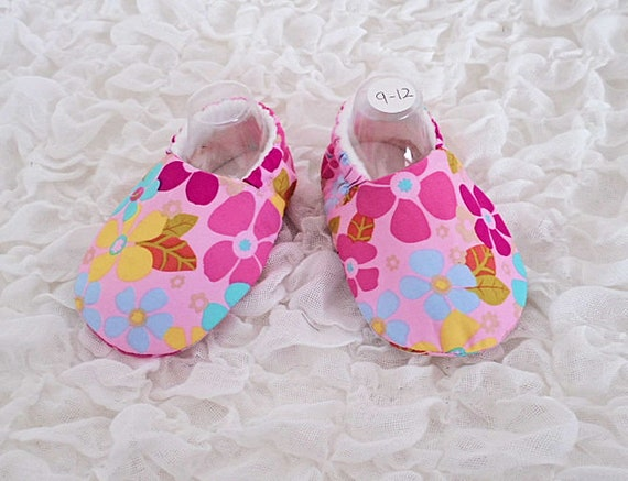 Baby Shoes Baby Slippers Age 9-12 Months Flower Print Pink  5c9f238d8fb2