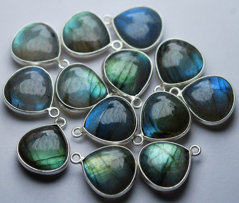 925 Sterling Silver,Labradorite Smooth Heart Shape Pendant,5 Piece of 18mm approx