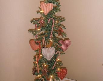 primitive christmas ornaments 18 handmade christmas ornaments farmhouse decor candy canes gingerbread man hearts primitive christmas