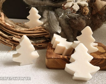 "Christmas soap fir tree ""Snow Rose"" with sheep's milk, 16 g"