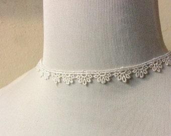 Lace Choker Necklace: off white lace trim
