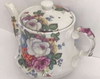 Windsor floral teapot