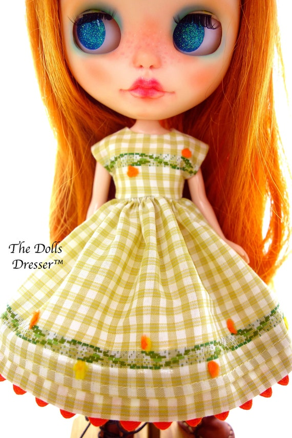 Neo Blythe Licca Doll Outfits Clothes White T-Shirt and Check Tartan Mini Skirt
