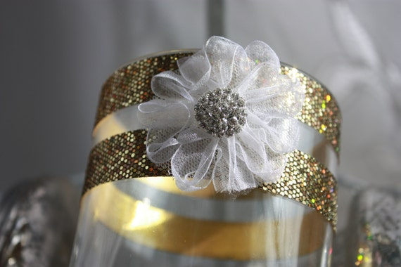 Golden Wedding Centerpieces.Gold Wedding Centerpieces 50th Birthday Or Anniversary Golden Sparkle Ribbon Vases With A White Center Soft Flower With Center Bling