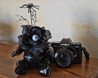 Obscura (OOAK Doll Art Piece)