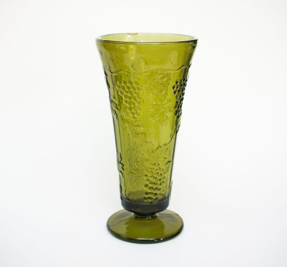Avocado Green Glass Vase Indiana Glass Colony Harvest Grape Etsy