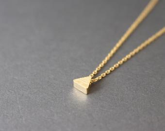 Tiny triangle necklace // gold Triangle necklace - Geometric jewelry