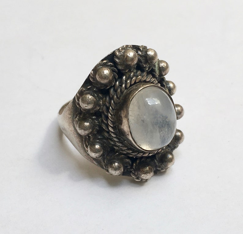 size 8.25 vintage sterling and rainbow moonstone boho ring