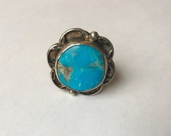 bright turquoise flower ring, size 7.25